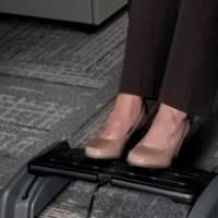 Зачем нужна подставка для ног при сидячей офисной работе?