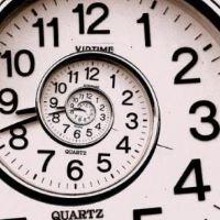 Почему потеря времени считается невосполнимой?