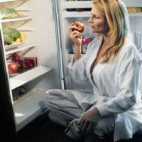 Как прекратить есть на ночь и начать путь к похудению?
