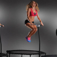 Джампинг фитнес: как батут помогает быть в форме